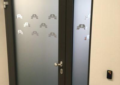 2-394-Piskovani_dveri